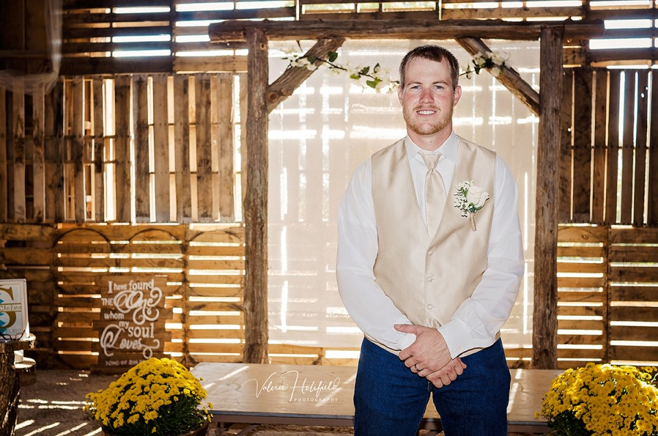 Ste. Genevieve Wedding Photographer | Levi & Chelsea, September 23, 2017 on their farm