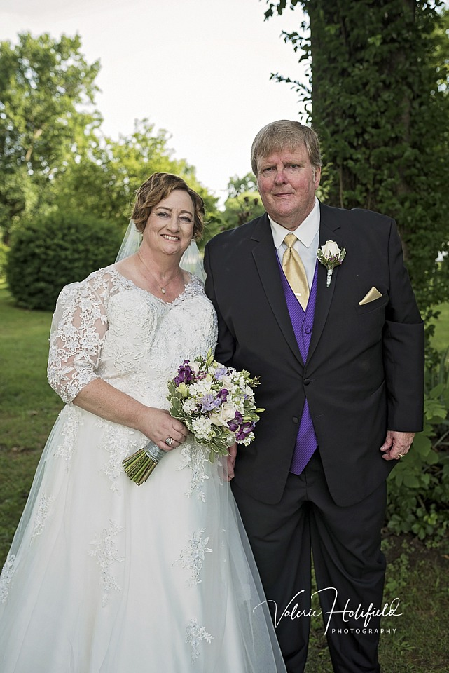 Bill & Charlene, June 9, 2018 | Wedding Photography at Grace Presbyterian and Frederick's in Festus/Crystal City, MO